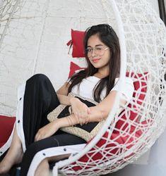 Jannat Zubair Rahmani (The TikTok Queen) Lovely Girl Image, Cute Girl Pic, Girls Image, Cute Girls, Stylish Girls Photos, Stylish Girl Pic, Stylish Kids, Girl Photo Poses, Girl Photography Poses