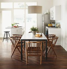Room & Board - Soren Chair with Wood Seat - Modern Dining Chairs - Modern Dining Room & Kitchen Furniture Modern Kitchen Tables, Farmhouse Dining Room Table, Modern Dining Chairs, Dining Room Sets, Dining Room Chairs, Dining Room Light Fixtures, Dining Room Lighting, Quinta Interior, Farmhouse Interior