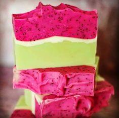 Bath Soap, Handmade Soaps, Diy Soaps, Shampoo Bar, Soap Recipes, Aesthetic Makeup, Home Made Soap, Natural Cosmetics, Diy Candles