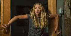 """Movie Review: """"Lights Out"""" Successfully Delivers Old-School Scares"""