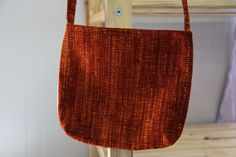 Back of the heart-button bag, such a beautiful color and texture!