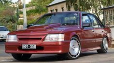 VK Commodore - My list of the best classic cars Dodge Muscle Cars, Old Muscle Cars, Muscle Cars For Sale, Australian Muscle Cars, Aussie Muscle Cars, American Muscle Cars, Holden Australia, Holden Commodore, Lifted Ford Trucks
