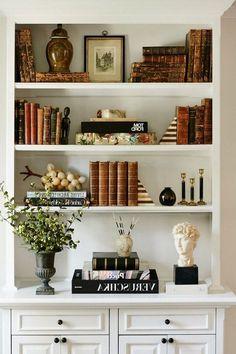 Bookshelf interior design ideas bookcases bookcase decorating ideas bookcase decor bookshelf decor best styling ideas on . Styling Bookshelves, Creative Bookshelves, Bookshelf Design, Bookshelf Ideas, Bookshelf Decorating, Bookcases, Home Living Room, Living Room Decor, Decor Room