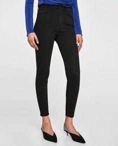 Imagine 2 din THE HIGH WAIST REVOLVE BLACK de pe Zara