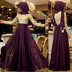 Pinar Şems Meyra Mor Abiye 385 TL  Whatsapp 0553 296 46 99  #pınarşems #pinarşemsabiye #pinarşems #meyra #gold #defne #abiye #hijap #hijabi #fashion #zumrut #moda #butik #tesettür #izmir #moda_elif #modaelifcom #fashionhijabs #hijablookbook #hijabers