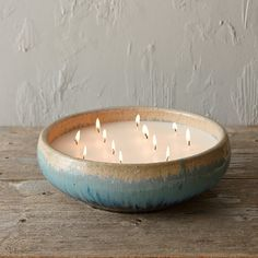 Big Candles, Floating Candles, Candle Art, Candle Shop, Citronella Candles, Scented Candles, Beeswax Candles, Ideias Diy, Candlemaking