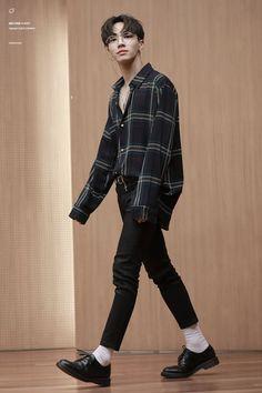 Девушка модель мужской одежды девушка модель в омске работа