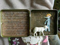 DSCN1002 Little Prince Party, Vitrine Miniature, Tin Boxes, Little Boxes, Wire Art, Chiffon, Atc, Shadow Box, Origami