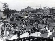 Fairgoers filled the midway at the 1946 Indiana State Fair.