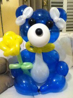 Balloon Bear made by Patricia Balloona.  https://www.facebook.com/patriciaballoona27