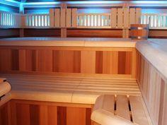 Infrarot-Sauna Kombinationskabinen vom Saunahersteller Saunalux Infrarot Sauna, Corner Desk, Stairs, Furniture, Home Decor, Corner Table, Stairway, Staircases, Interior Design