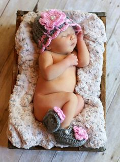 Newborn girl crochet hat baby girl hat and by BeautyOfCrochet, $26.00