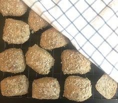 ELTEFRIE GLUTENFRI RUNDSTYKKER MED CHIA – Glutenfrihet