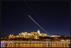 Gallery: Amazing Skywatcher Photos from Around the World | Jupiter, the moon and Venus align over Buda Castle in Budapest, Hungary on March 26, 2012.