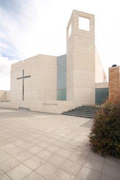 Parroquia San Norberto / Carlos Campuzano Castelló