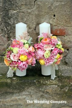 y Wedding Things, Wedding Stuff, Weeding, Pillar Candles, Party Time, Flower Arrangements, Table Decorations, Bride, Flowers