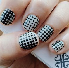 Jamberry's Progression design, a classic look that keeps you looking stylish.  jillr.jamberrynails.net