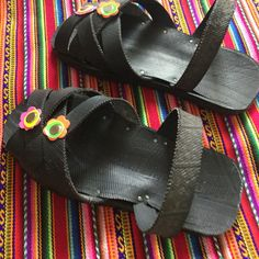 Un favorito personal de mi tienda Etsy https://www.etsy.com/es/listing/491676231/shipibo-sandals
