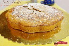 La torta al caffe' e mascarpone è un dolce da colazione perfetto per partire carichi al mattino o da servire come dessert se farcito. Ricetta senza burro.