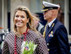 Máxima krijgt 'Hollands' bosje tulpen - Vorsten
