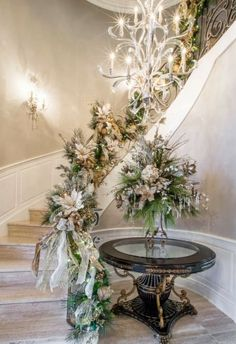 Decorate The Stairs For Christmas – 30 Beautiful Ideas - feed2know