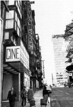 CINE ACTUALIDADES Estaba en la calle Buenos Aires num 17 Basque Country, Times Square, Plaza, Travel, Lost City, Antique Photos, Buenos Aires, Tourism, Cities