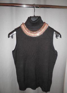 A vendre sur #vintedfrance ! http://www.vinted.fr/mode-femmes/debardeurs/19844436-haut-noir-col-roule-en-maille
