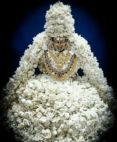 Wedding Hall Decorations, Diwali Decorations, Happy Navratri Images, Kali Ma, Lord Shiva Family, Vedic Mantras, Lord Krishna Images, Shiva Shakti, Pooja Rooms