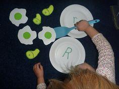 The Homeschool Den: Green Eggs and Ham Preschool Activity