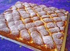 Zutaten Für den Teig: 5 Ei(er) 1 Pck. Vanillezucker 250 g Zucker 125 ml Öl 280 g Mehl 1 Pck. Backpulver 100 g H...