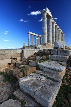 Temple of Poseidon, Sounio, Greece. Our tips for 25 Fun Places to Visit in Greece: http://www.europealacarte.co.uk/blog/2012/07/31/what-to-do-greece/