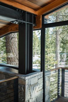 If It's Hip, It's Here: Marvelous Modern Mountain Home In Truckee, California is a Prefab Hybrid.