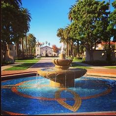 The Palm Drive fountain leading up to the Mission Church is now running! #beautifulSCU @Paola Flores Dood this is my picture from Instagram...hahaha