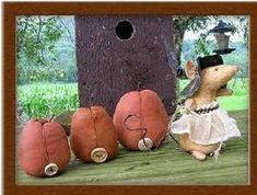 pumpkin mouse 1 of 2