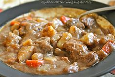 My Biscuits are Burning: Slow Cooker Beef Stew