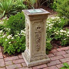Superieur Garden Pillar With Sundial.