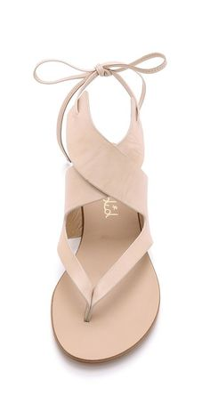 nude flat sandals//