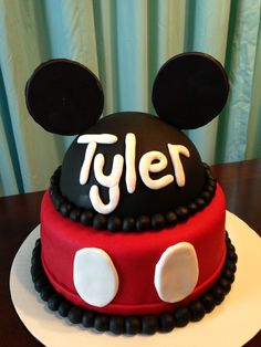 Mickey Mouse birthday cake - maybe use yellow around the middle and bottom instead of black Mickey Mouse Clubhouse Party, Mickey Mouse Clubhouse Birthday, Mickey Mouse Cake, Mickey Birthday, Mickey Party, 1st Birthday Cakes, Boy Birthday Parties, Birthday Fun, Birthday Ideas