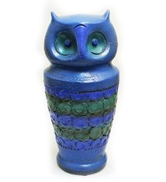 I love this 1960s owl 'Canopic Jar' by designer Aldo Londi for Bitossi. For sale by antiques expert and dealer Mark Hill at Grays Antiques in London - £395