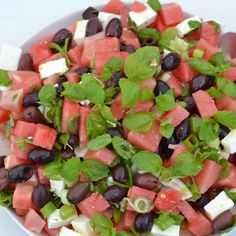 Feta-Vesimelonisalaatti | Maku Roasted Zucchini Salad, Zucchini Curry, Ketogenic Recipes, Diet Recipes, Healthy Recipes, Feta, Guacamole Chicken, Basil Pesto Recipes, Veggie Pasta
