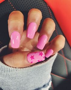 In look for some nail designs and ideas for your nails? Here is our list of must-try coffin acrylic nails for trendy women. Aycrlic Nails, Star Nails, Coffin Nails, Summer Acrylic Nails, Best Acrylic Nails, Summer Nails, Simple Acrylic Nails, Pink Acrylics, Pastel Nails