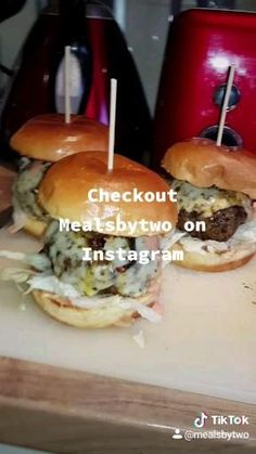 Monster Morrocan burgers with spicey cheese and morrocan filled spiced meat Cooking Videos, Food Videos, Burgers, Hamburger, Salmon, Easy Meals, Spices, Cheese, Homemade