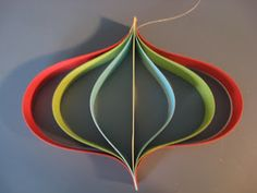 : Christmas craft: Paper ornaments