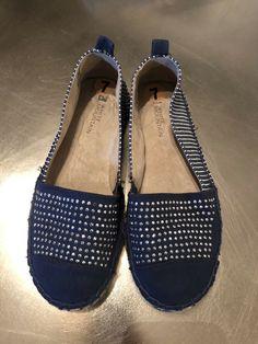 407f452ec558 White Mountain Women Shoes Size 7 Blue Sparkle Slippers  fashion  clothing   shoes