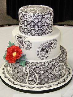 henna and paisley wedding cake