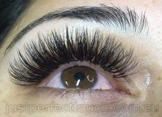 Russian volume eyelash extensions Volume eyelash extensions are multiple fine lashes (hand made fans) attached to your one natural eyelash. This new style of extensions use new advanced technique of eyelash extensions are super so? However create fullness Natural Eyelashes, Fake Eyelashes, Long Lashes, Eyelash Sets, Eyelash Glue, Eyelash Extensions Styles, Russian Eyelash Extensions, Russian Volume Lashes, Individual Eyelashes