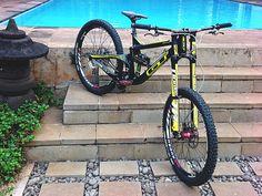 Single Fury Speeder - Tachril's Bike Check - Vital MTB