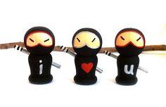 Valentines Ninjas Set of 3 I Love You Black Valentines Ninjas Gift for Sweetheart Valentines Day Kokeshi Wood Dolls Wooden Peg Doll Ninja Valentine, Saint Valentine, Funny Valentine, Valentine Gifts, Diy For Teens, Crafts For Teens, Nerd Love, My Love, Anime Crafts