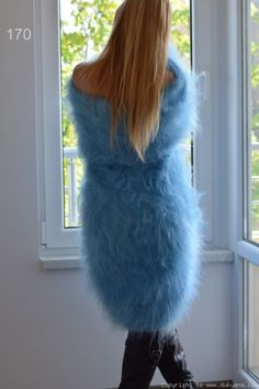 Cardigan Sweaters For Women, Sweater Coats, Cozy Sweaters, Long Cardigan, Cardigans, Sexy Dresses, Short Dresses, Gros Pull Mohair, Extreme Knitting