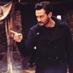 Burak Serdar Şanal Hahahah hahahahaha i know these gestic :-) Turkish Actors, Wallpaper Quotes, Actors & Actresses, Chef Jackets, Drama, Celebrities, Boys, Style, Movies